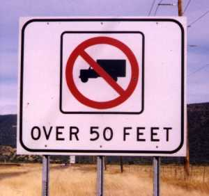 [No trucks over 50 feet]