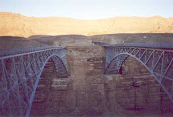 [New Navajo Bridge]